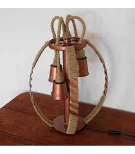 Dekorative Tischleuchte aus Metall und Seil 217