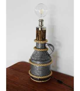 Διακοσμητικό φωτιστικό επιτραπέζιο από παλιό μεταλλικό δοχείο, ξύλο και σχοινί 218