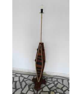 Stehleuchte aus Holz, Metall und Seil 263
