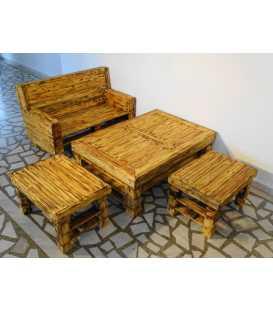 Palettenholz Sofagarnitur mit Tisch und zwei Hockern 024